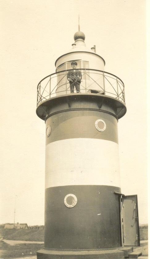 Der lüttje Willi auf seinem Turm